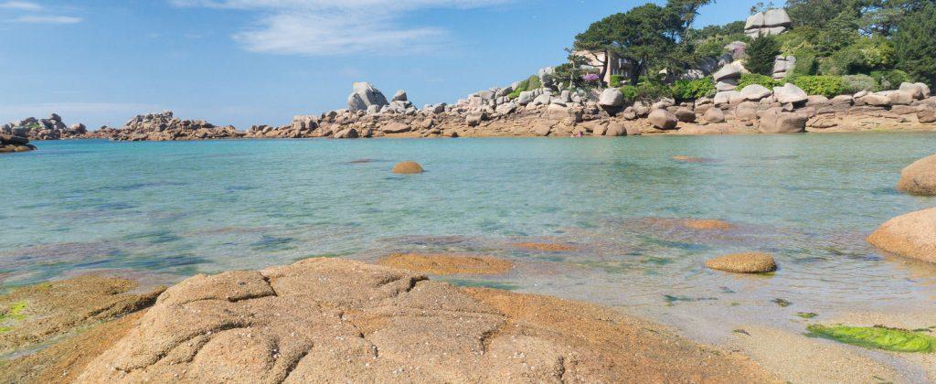 Snorkeling ou randonnée palmée sur la cote du granit rose