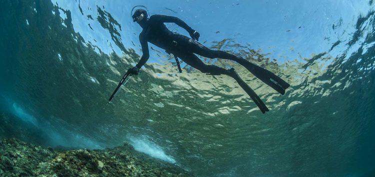 INÉDIT : Un gilet de sécurité pour la chasse sous-marine