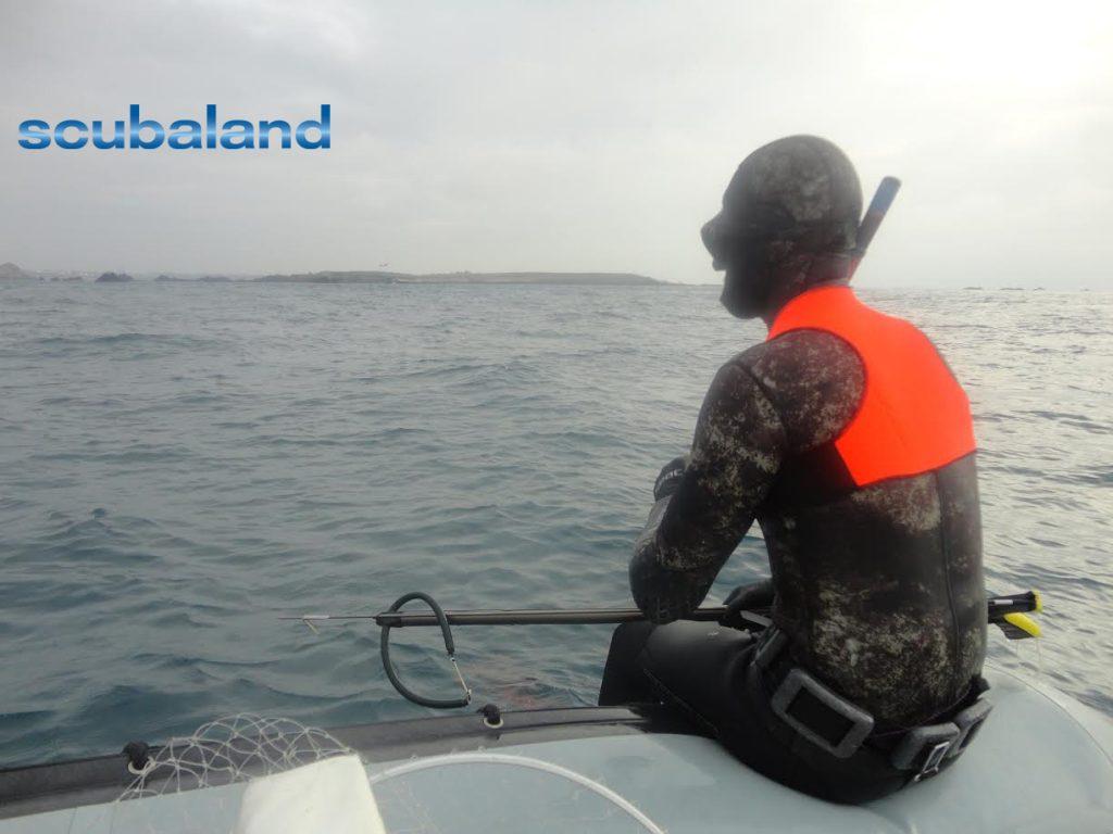 Un gilet de sécurité pour la chasse sous-marine